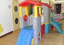 幼儿园防滑地胶